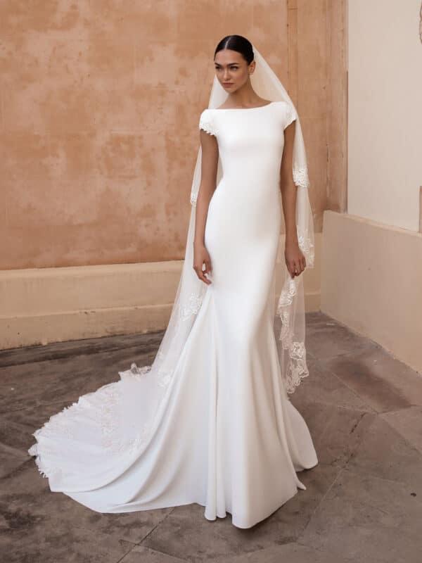 Anitra Pronovias trouwjurk met kapmouwtjes