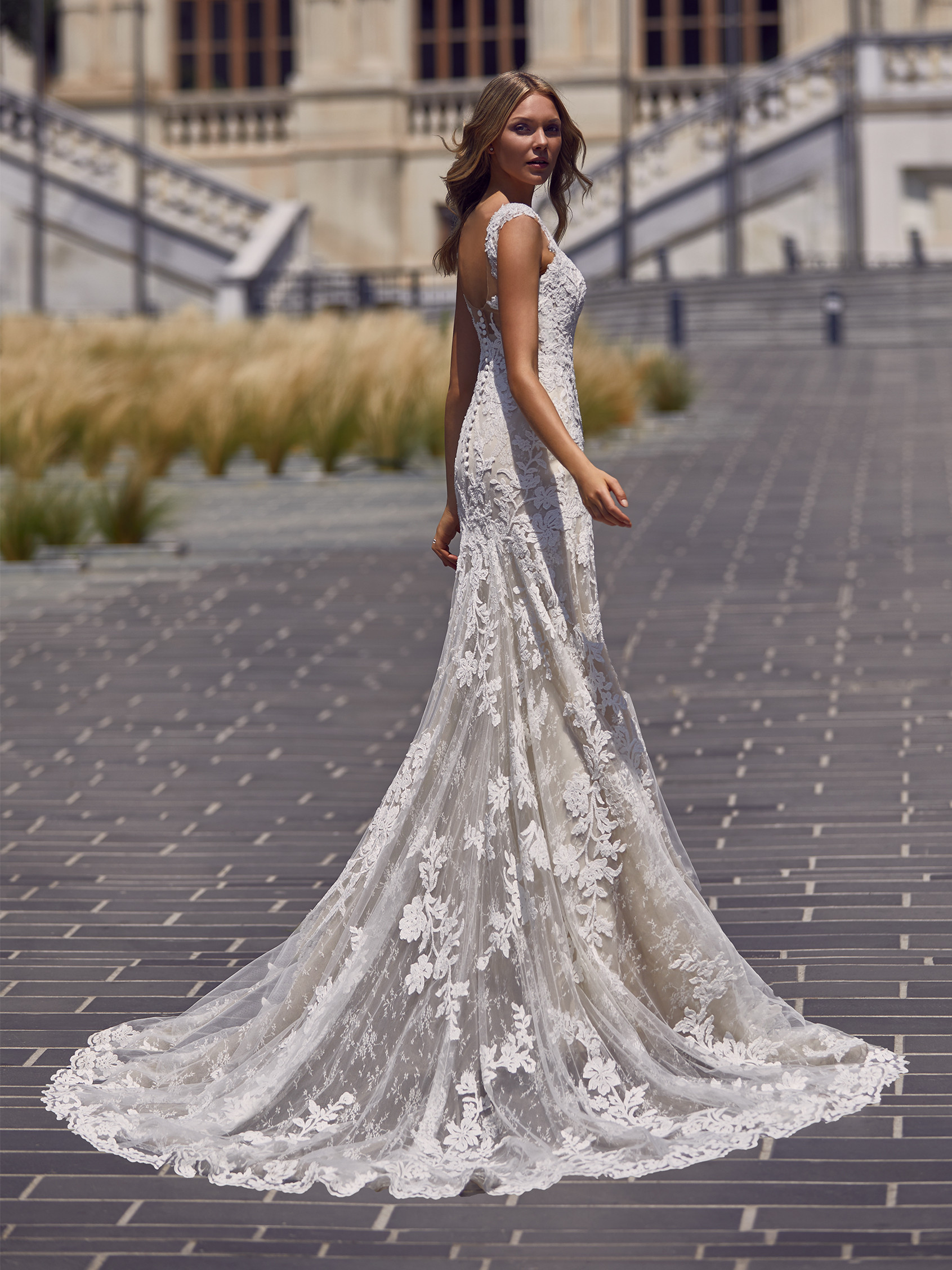 leticia-stpatrick-trouwjurk-kopen