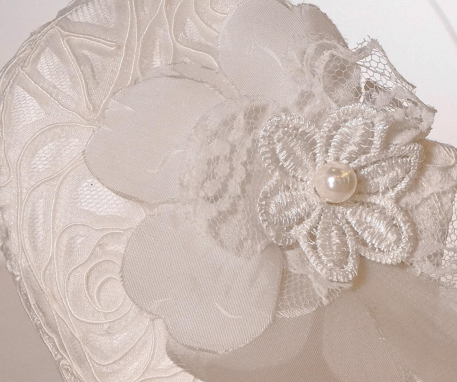 deatil mondkapje bloem wit