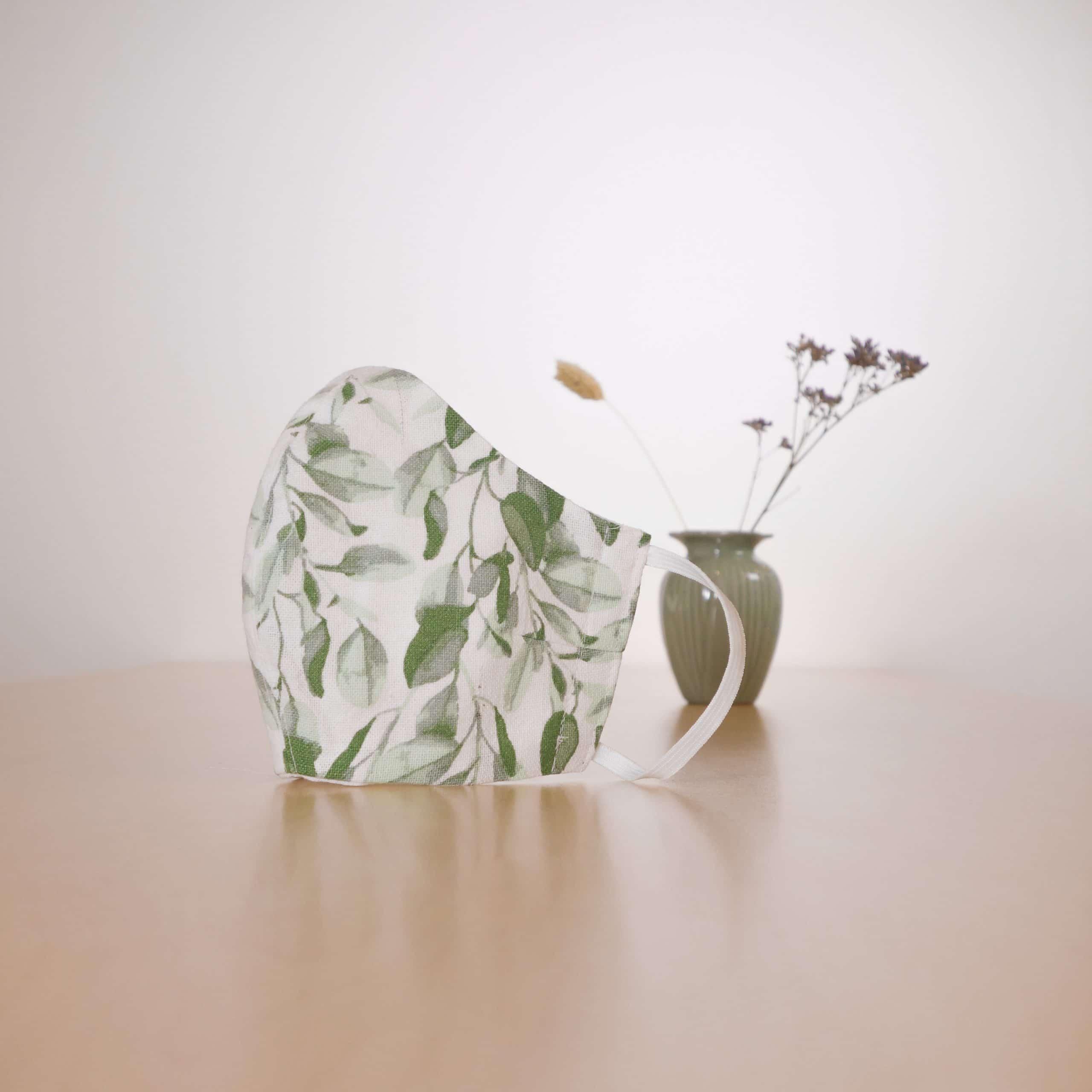 mondkapje-6-groenen-blaadjes