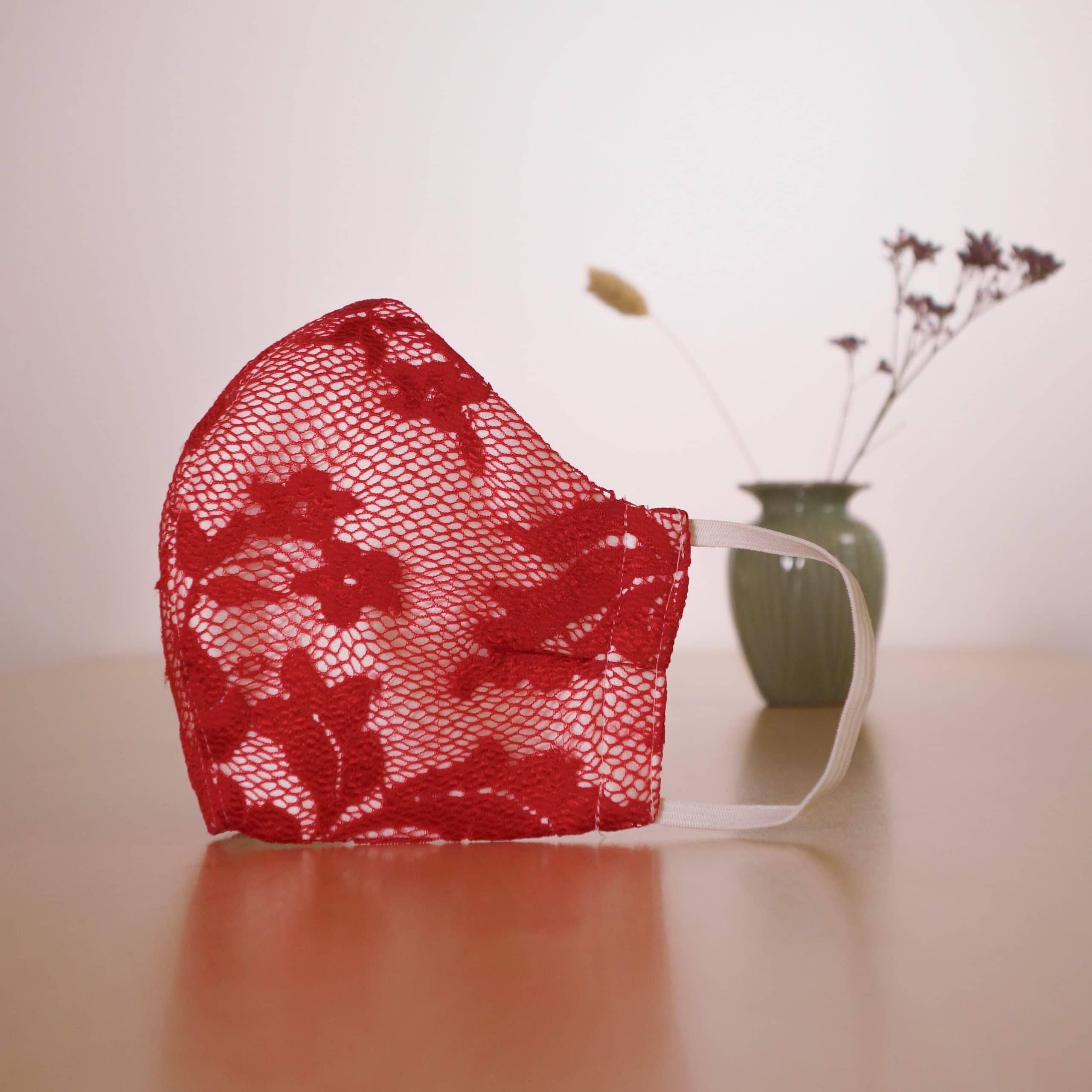 mondkapje-8-rood-kant-amiga-2