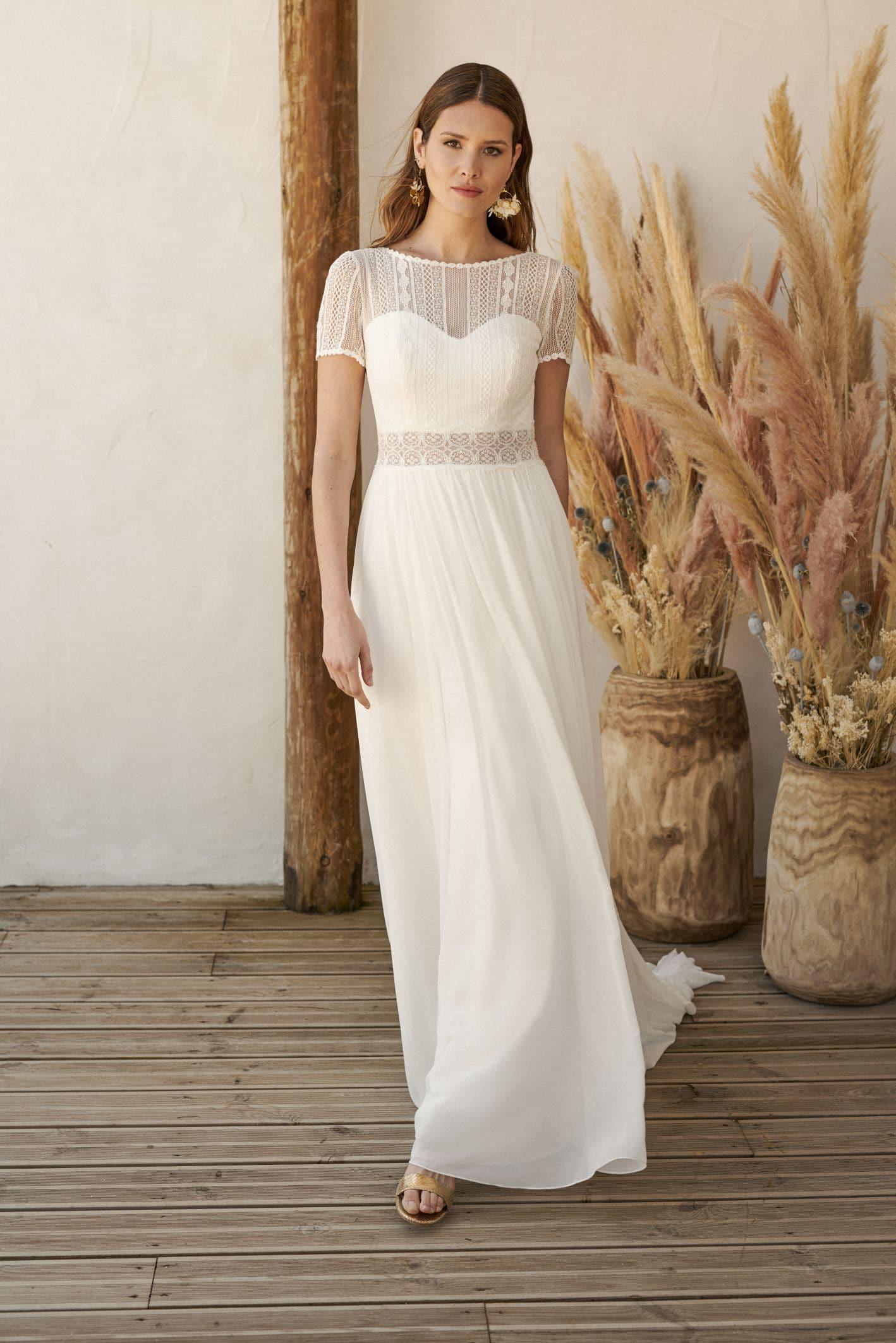 bewegelijke rok bruidsjurk