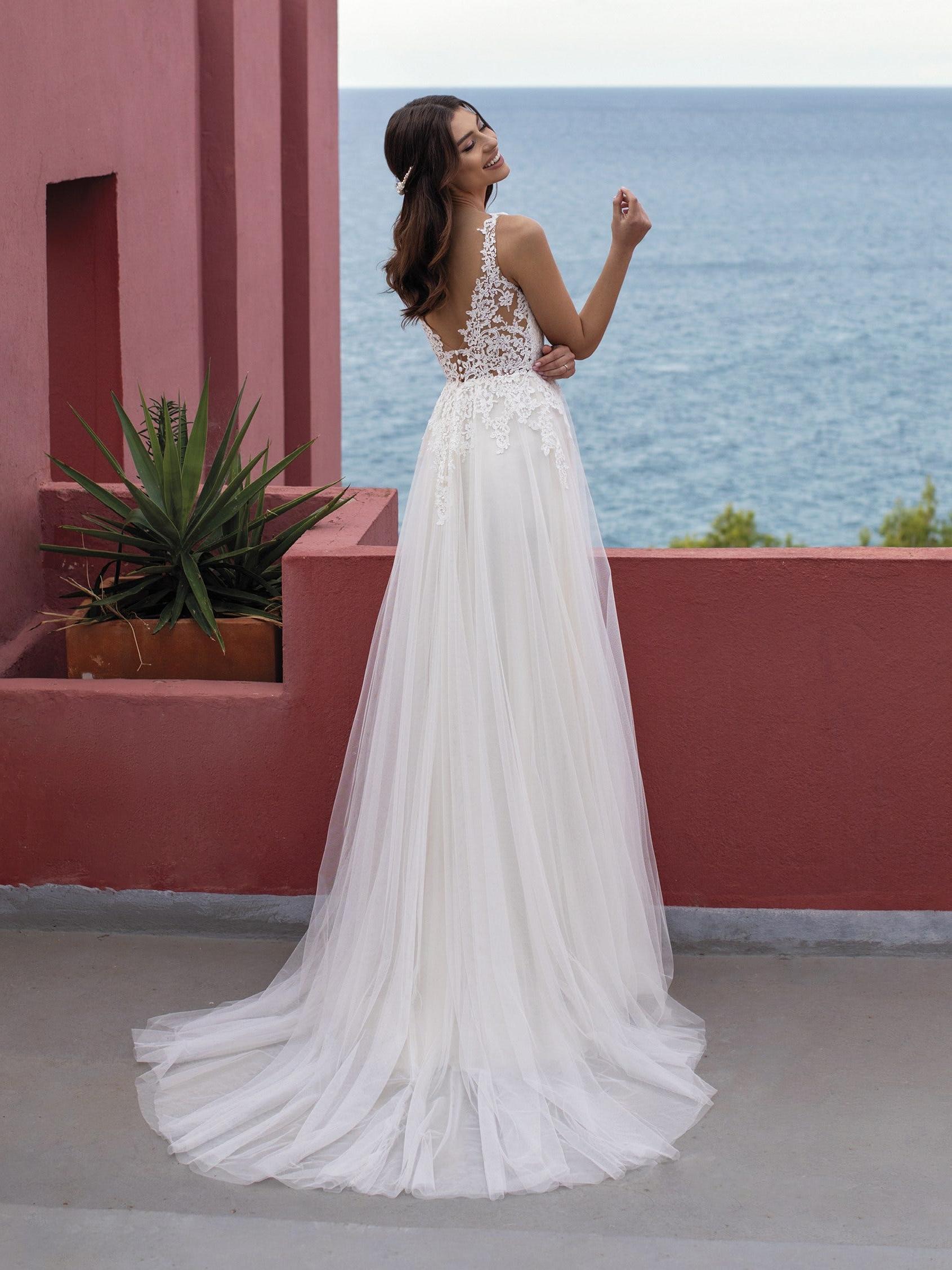 bruidsjurk met tule rok en kanten top white one